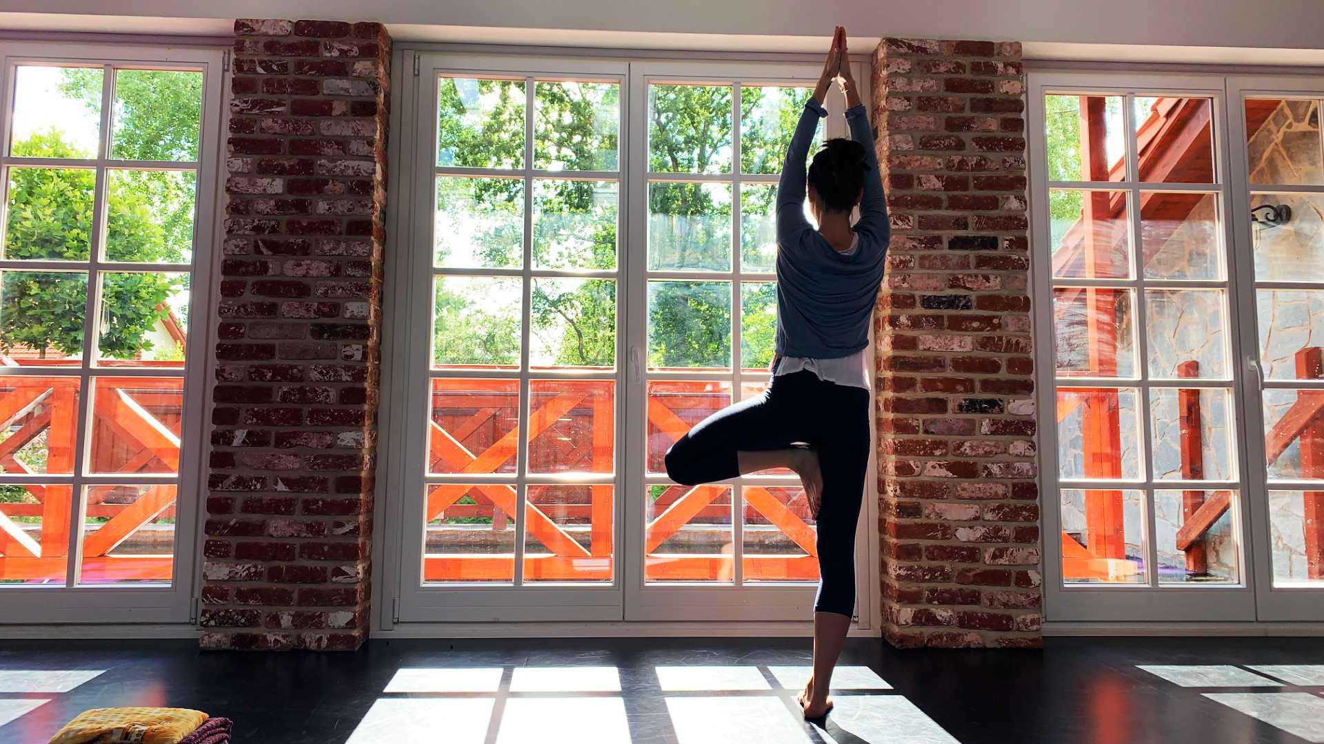 Prodloužený víkend s jógou jógový sál